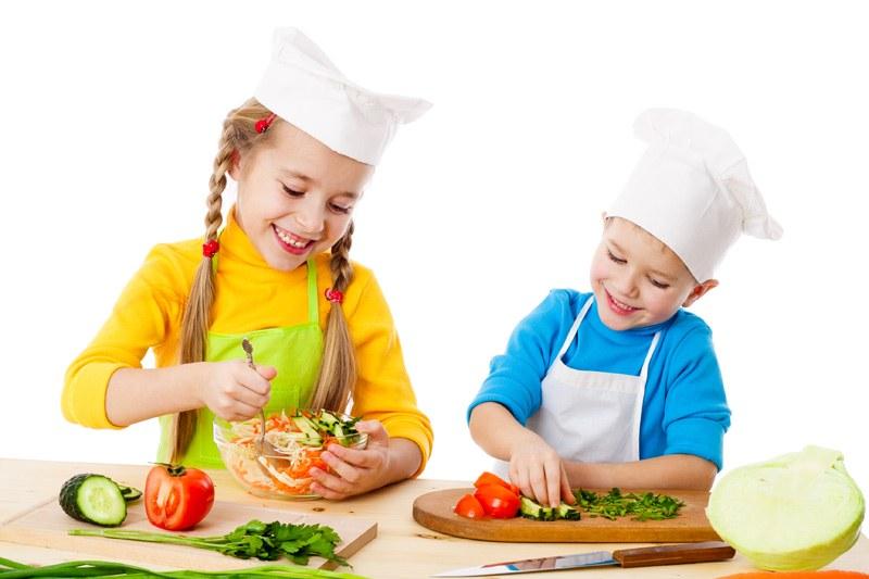 bimbi_cucinano
